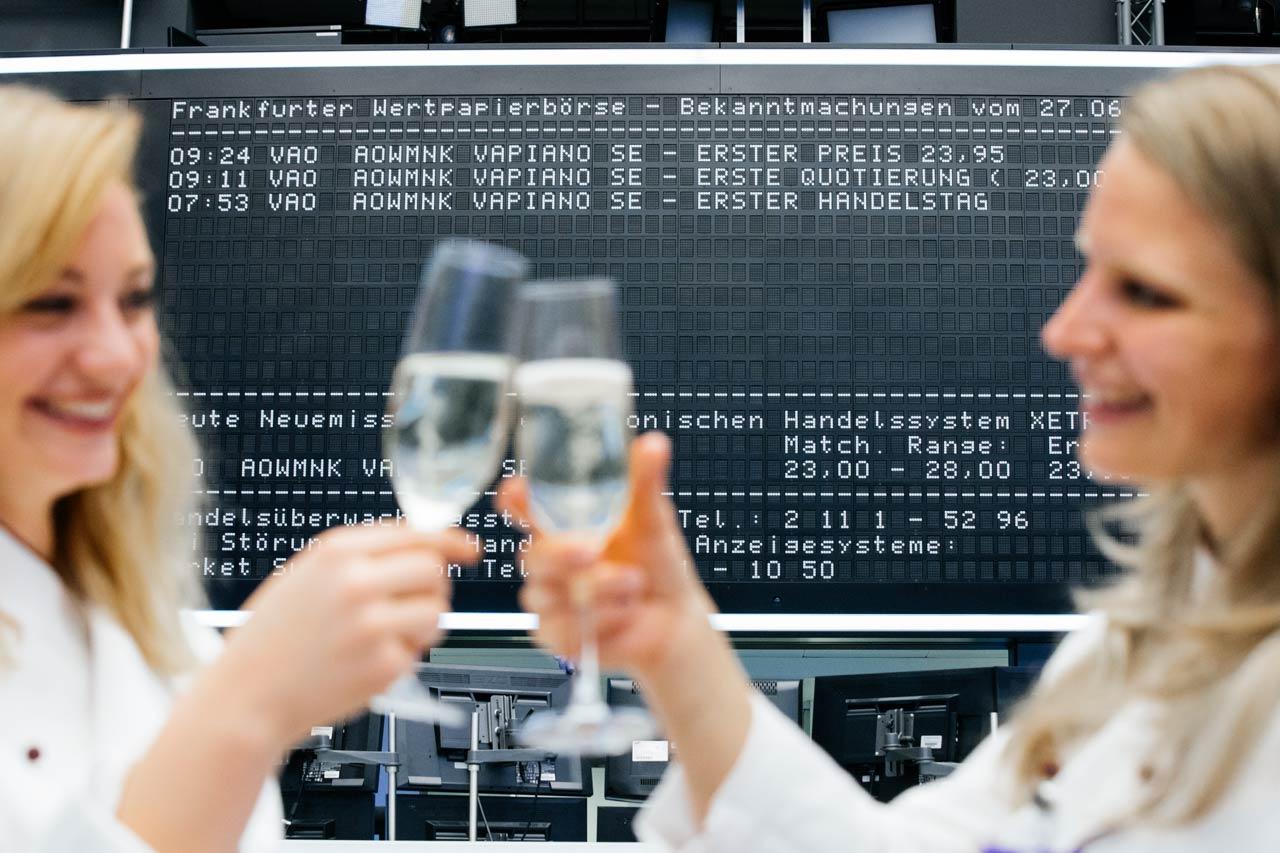 Businessfotografie-Boerse-Frankfurt-Vapiano-Champagner