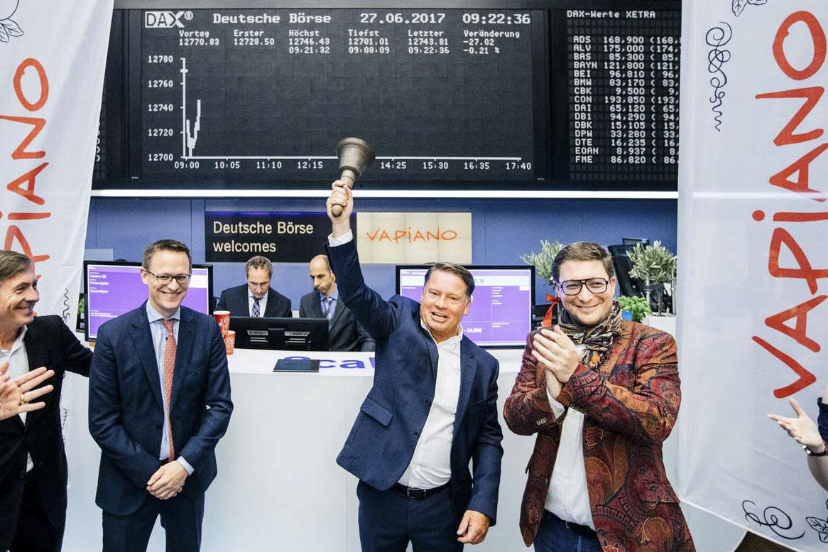 Businessfotografie-Boerse-Frankfurt-Vapiano-Glocke