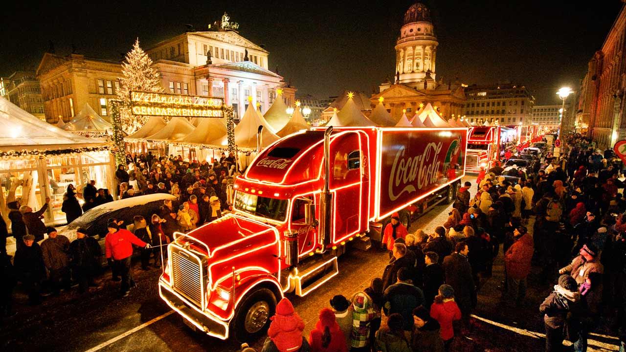 Weihnachtstruck-Gendarmenmarkt-Berlin-Coca-Cola