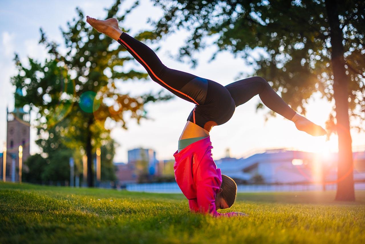 stayathome_Kalender_2021_regulardebbie_Yoga_1280